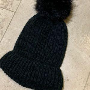 Zara Black Winter Hat